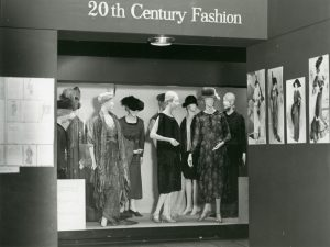 Black and white image of early 20th century feminine fashions