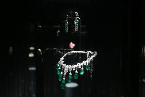 Exhibition display of emerald necklace